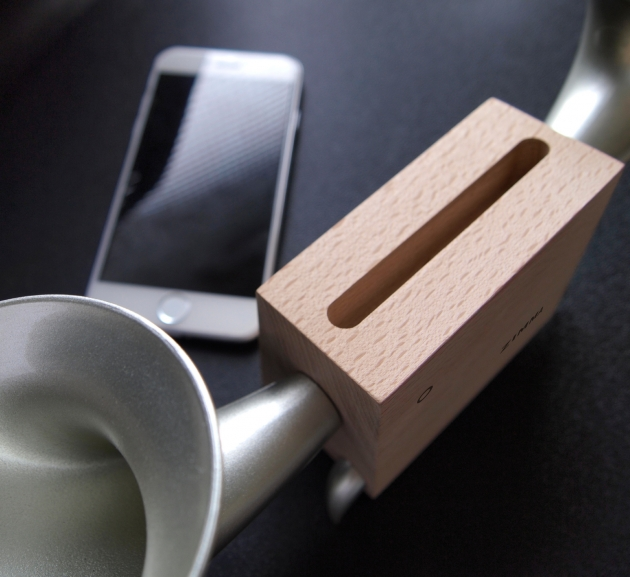 ZIMMA Horn Stand Speaker Wood+Black For iPhone & Android 2